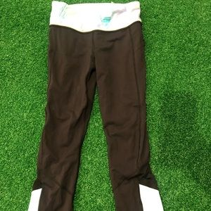 Size 4 excellent condition gently used lululemon